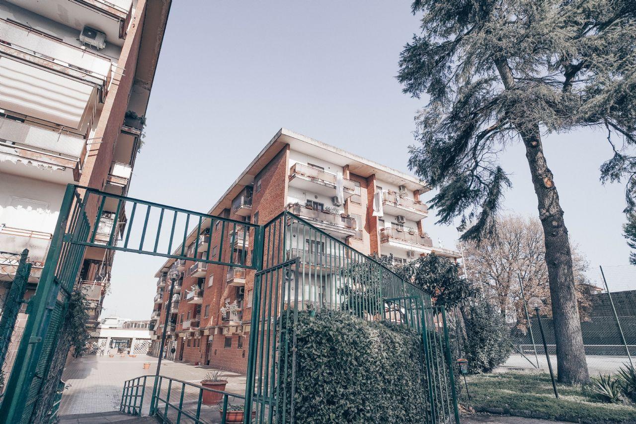 Via Romani Pomigliano D Arco vendita trilocale pomigliano d'arco