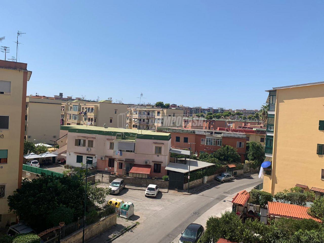 Vendita trilocale Napoli Cavalleggeri
